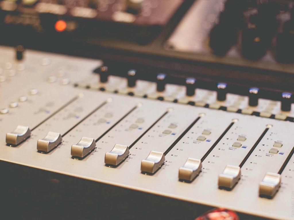 Program Pendek Produksi Musik