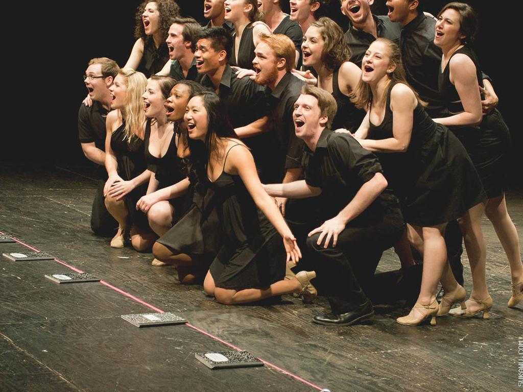 Belajar Seni Teater dan Akting Berkelompok