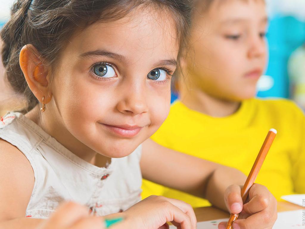 Belajar Bahasa Inggris Berkelompok untuk Anak