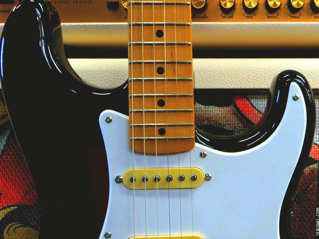 Belajar Gitar Elektrik untuk Semua Tingkatan