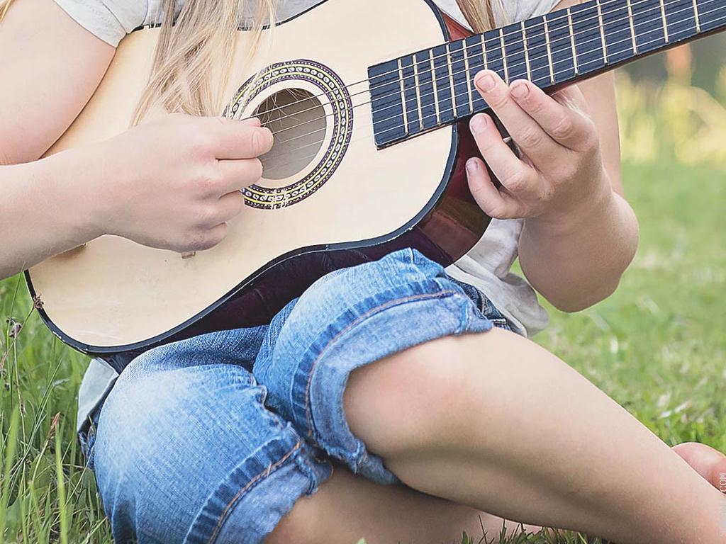 Belajar Alat Musik untuk Menyalurkan Hobi