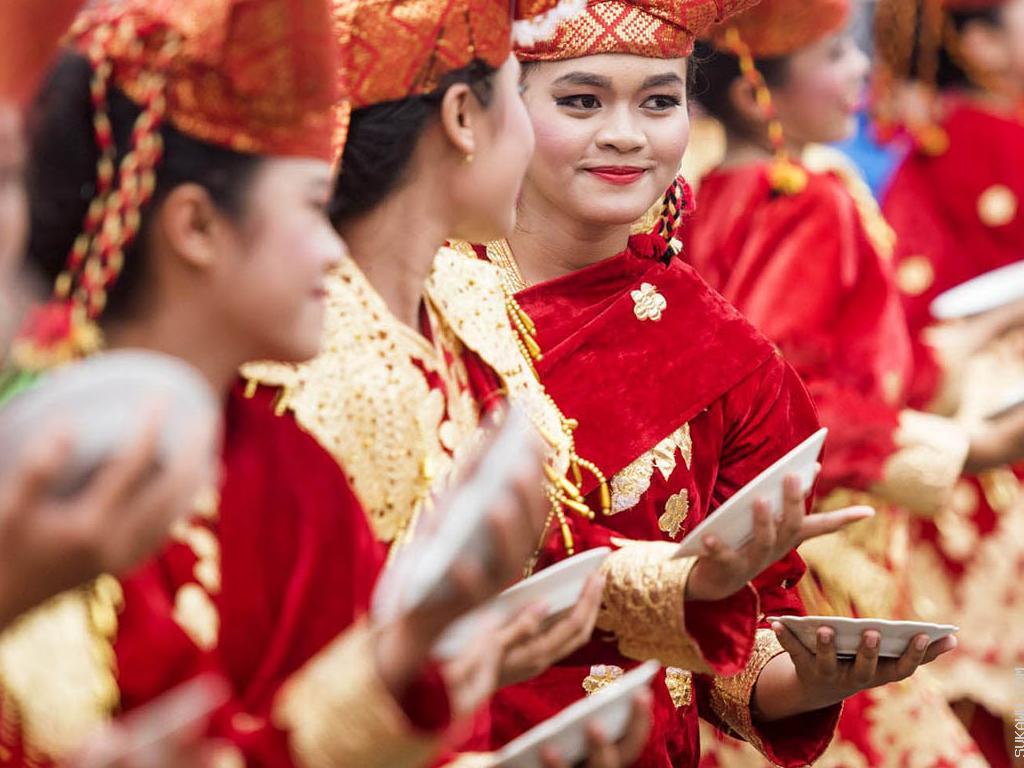 Belajar Seni Tari Sumatera Selama 3 Bulan